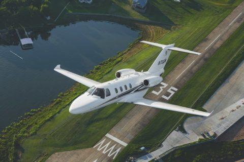 Unfallflucht: Misslungener Go-around einer Cessna Citation C551 in Basel