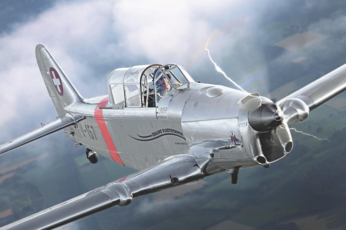 Flugzeugporträt: Pilatus P-2
