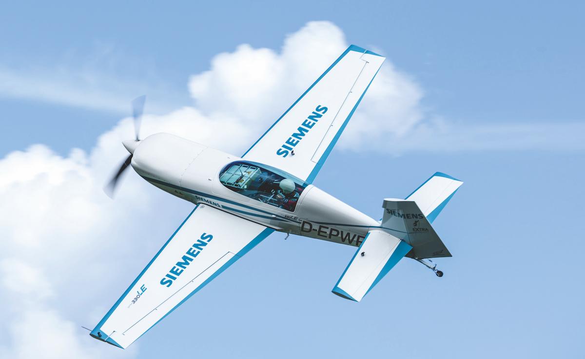 Flugzeug-Porträt: Extra 330LE mit Elektroantrieb