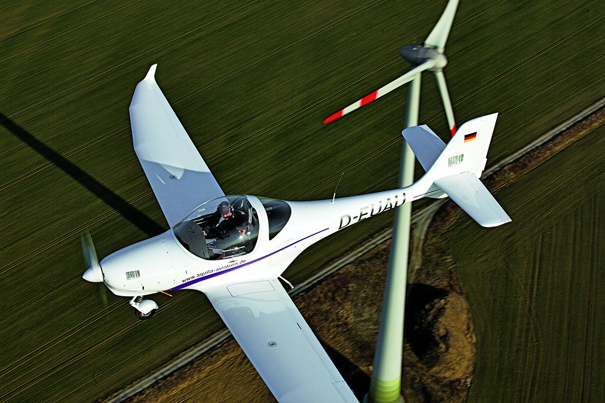 Pilot Report Aquila SXT