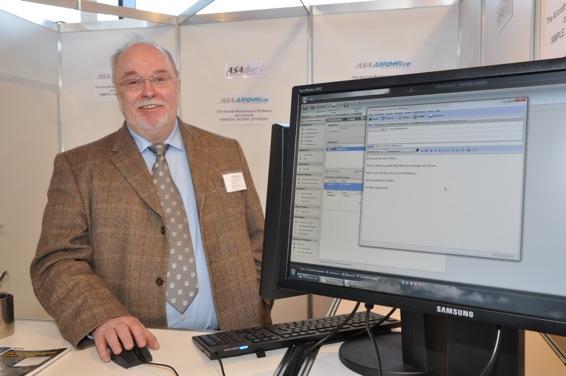Wolfgang Ahlers, Geschäftsführer von ASA Datec, präsentierte die neue Version der Maintenance Software auf der AERO in Friedrichshafen