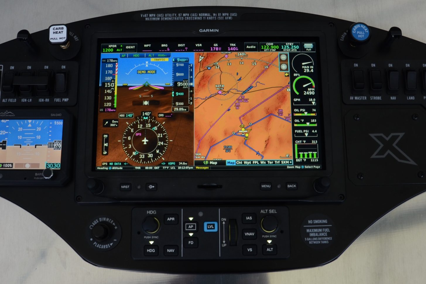 Das Panel der XCub mit dem Garmin G3X Touch