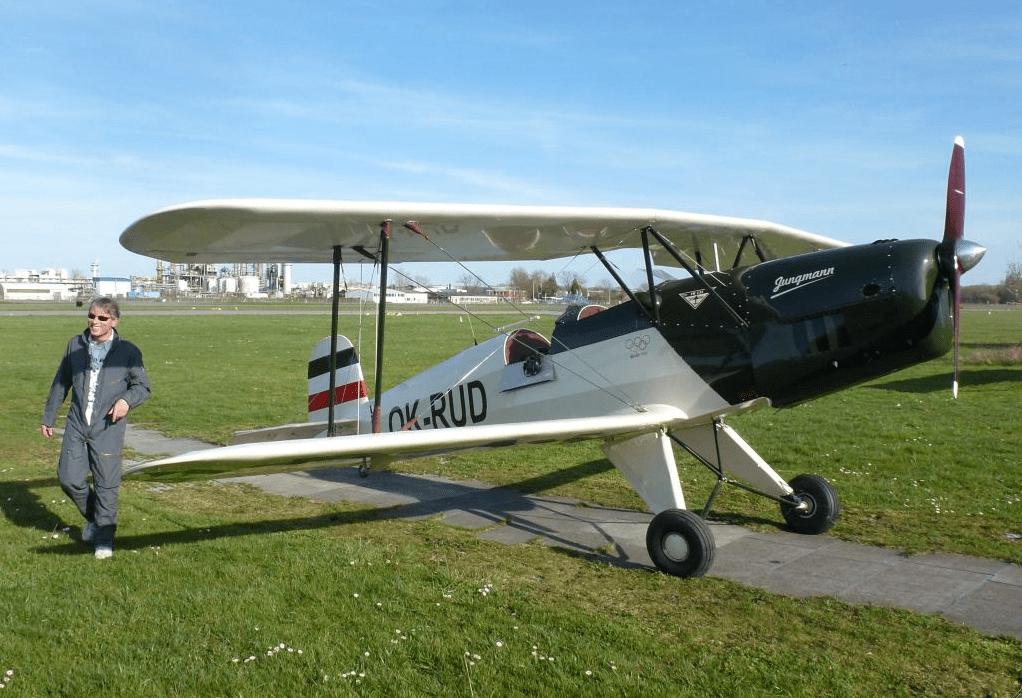 Begeistert: B & F-Chef Peter Funk nach dem Erstflug mit der FK131 in Speyer