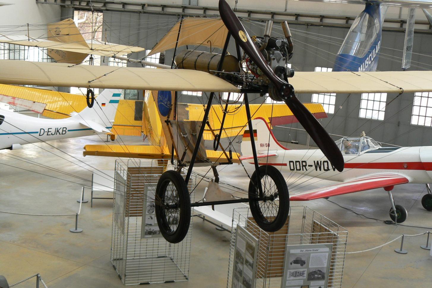 Grade-Eindecker »Libelle« im Deutschen Museum, Außenstelle Oberschleißheim
