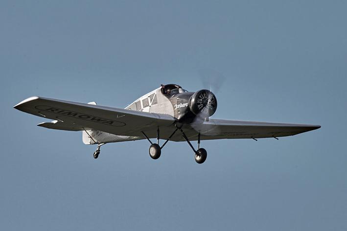 Fliegt! Nachbau der Junkers F 13, jetzt mit Verkehrszulassung
