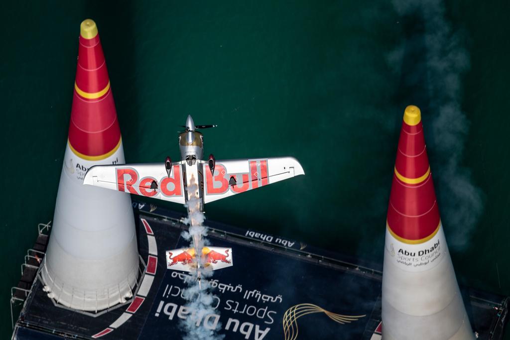 Florian Berger gewinnt das Qualifying der Challenger Class in Abu Dhabi