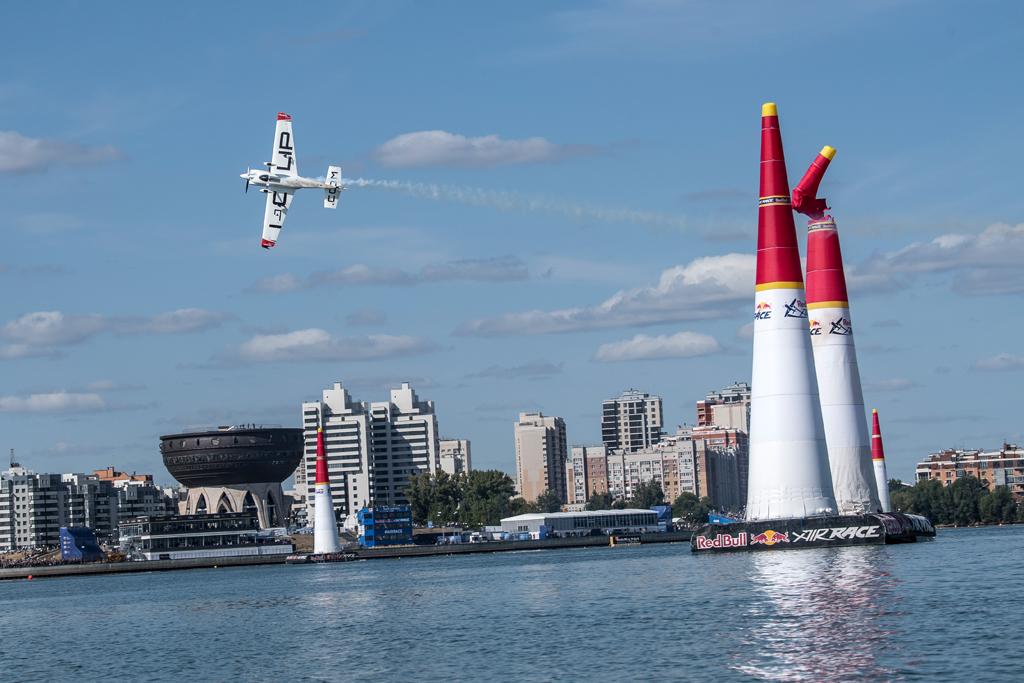 Matthias Dolderer im Finale der fünften Runde der Red Bull Air Race-Weltmeisterschaft 2018