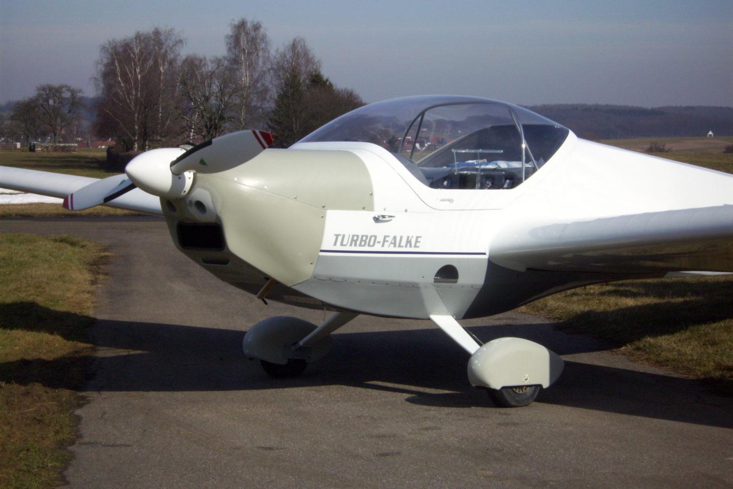 SF 25C Falke mit Turbo-Rotax