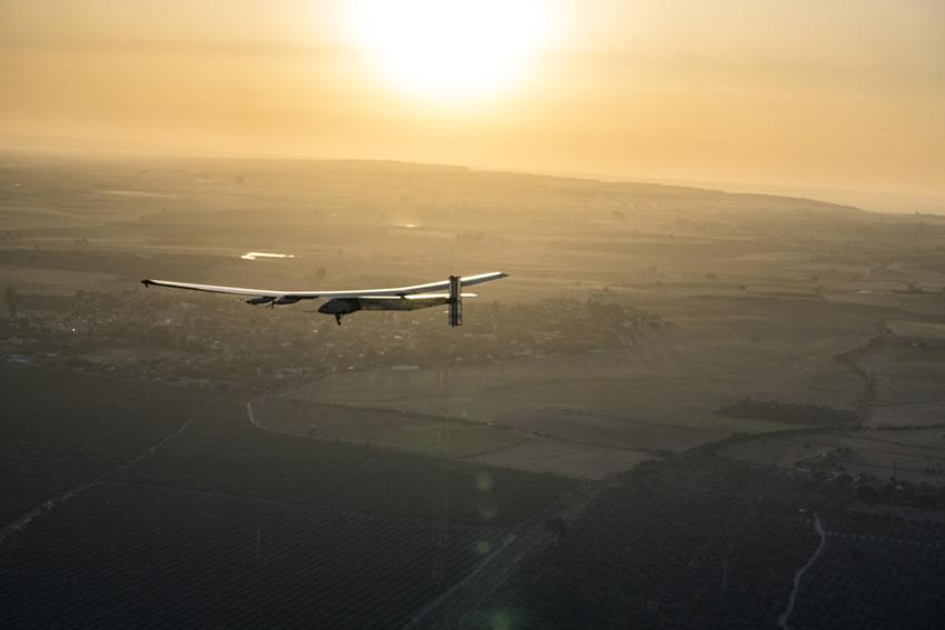 Wieder zurück: Bertrand Piccard steuerte die Solar Impulse 2 zurück nach Europa
