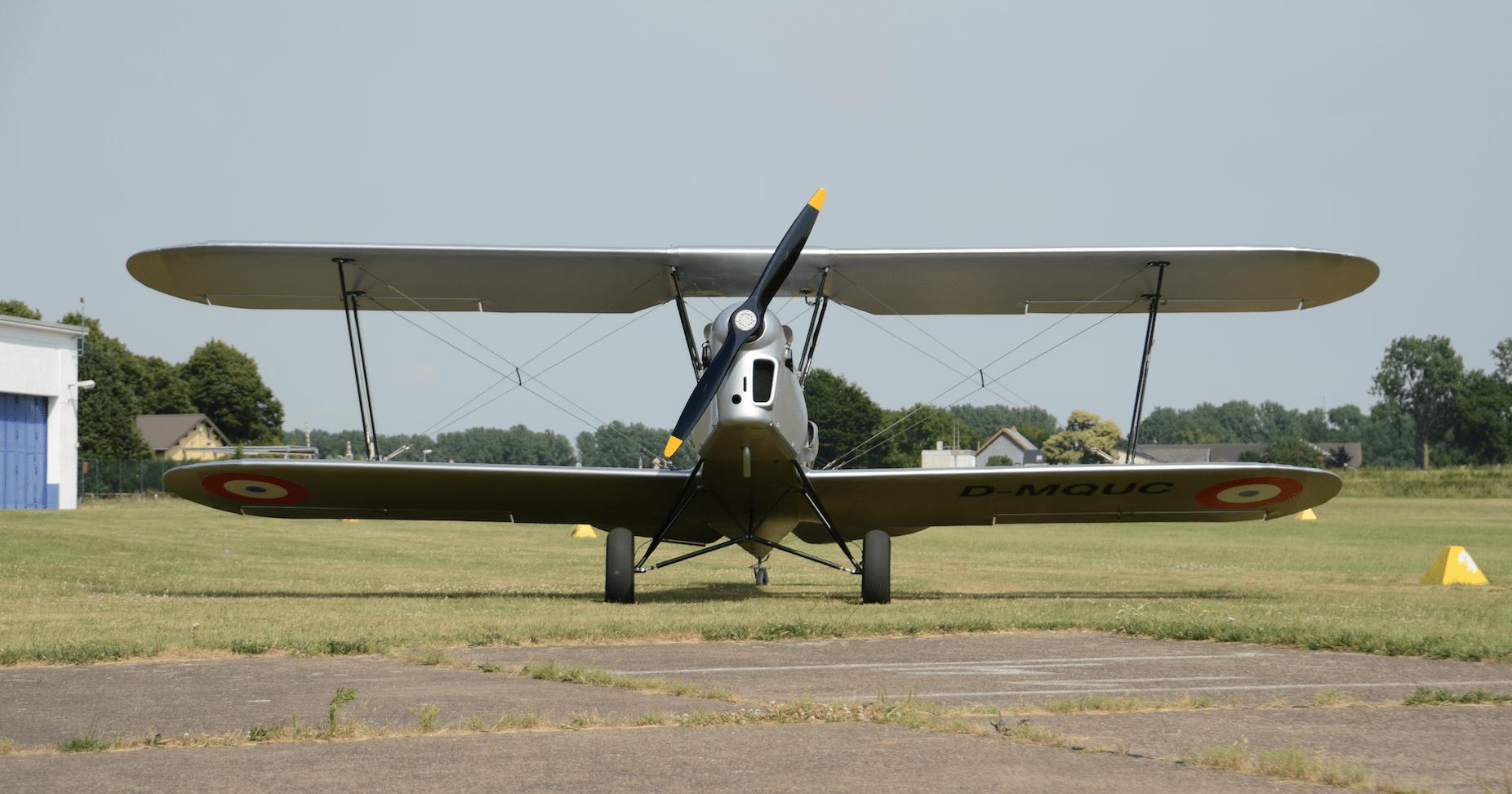 Klassischer Doppeldecker: Sogar der Hercules-Propeller ist vom gleichen Hersteller wie einst
