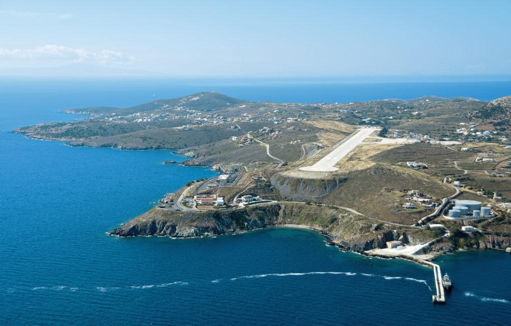 Anflug auf Syros