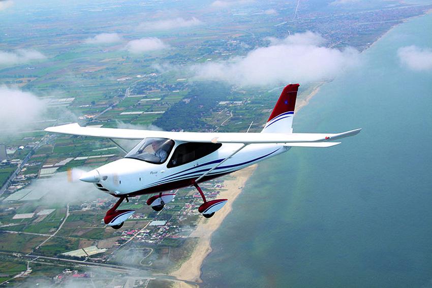 Elegant und vielseitig: Die P2008 soll sowohl Reisemaschine sein als auch zur Schulung taugen