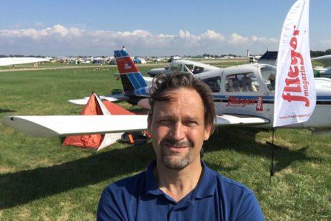 Christof Brenner an seinem Parkplatz beim AirVenture 2018