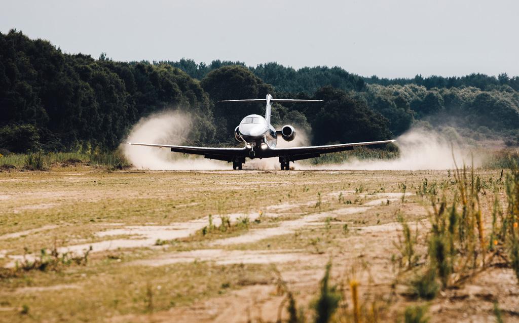 Start frei: Pilatus PC-24 auf einer unbefestigten Piste