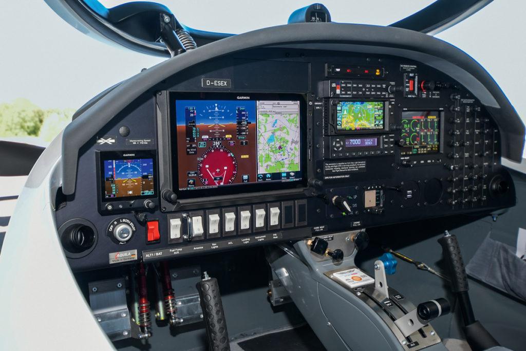 Aquila A212GX Turbo