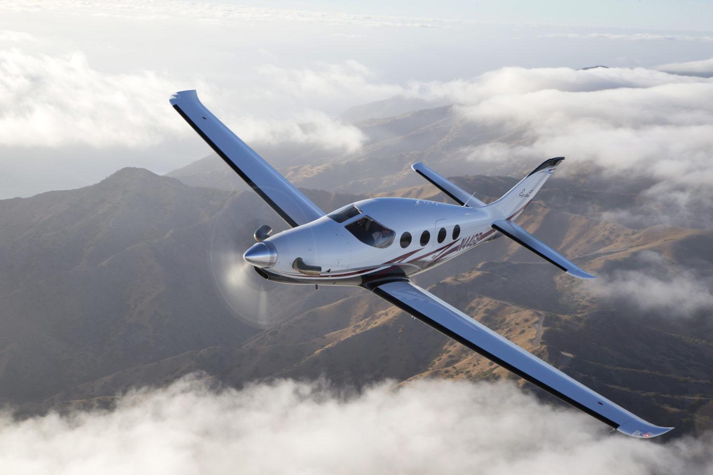 Epic Aircraft liefert erste E1000 aus