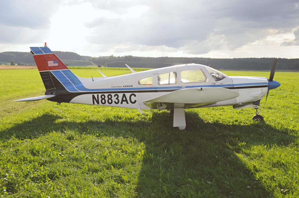 Arrow N883AC