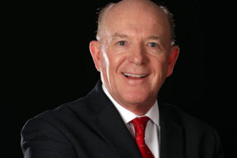 Piper-Chef Caldecott geht in Ruhestand