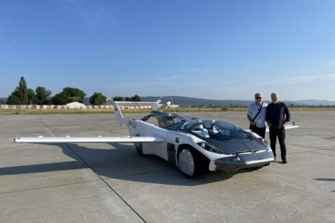 Fliegendes Auto: AirCar auf Streckenflug