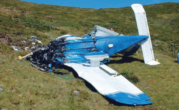 Übers Limit im Gebirge: Piper PA-28 stallt in geringer Höhe